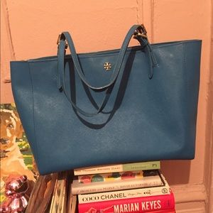 Make An Offer🌸 Tory Burch Blue Large Tote Bag